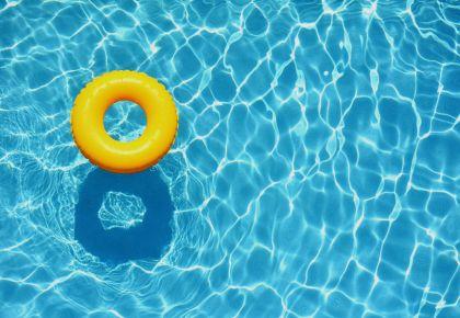 Где можно поплавать в бассейне на Волыне?