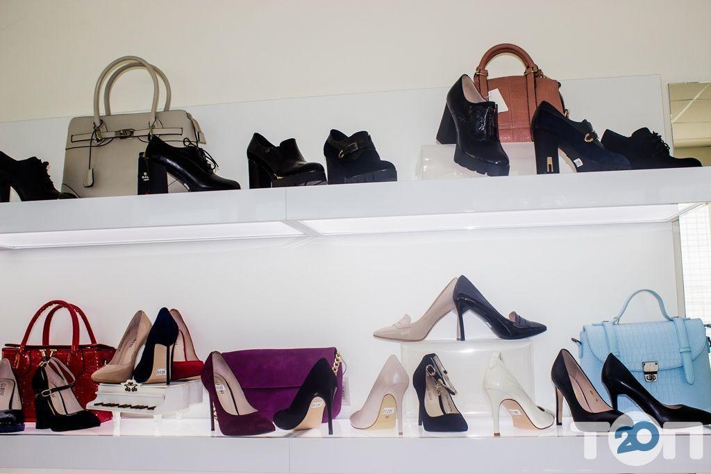 4 сезони, магазин взуття - фото 34