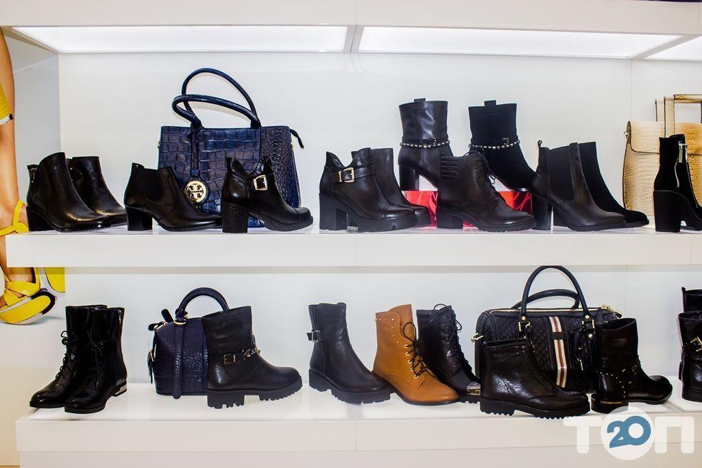4 сезони, магазин взуття - фото 50