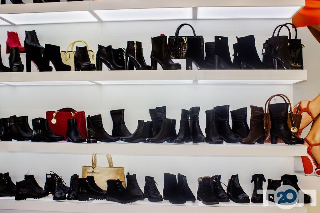 4 сезони, магазин взуття - фото 55