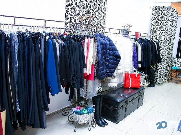 CARINA, магазин жіночого одягу - фото 1