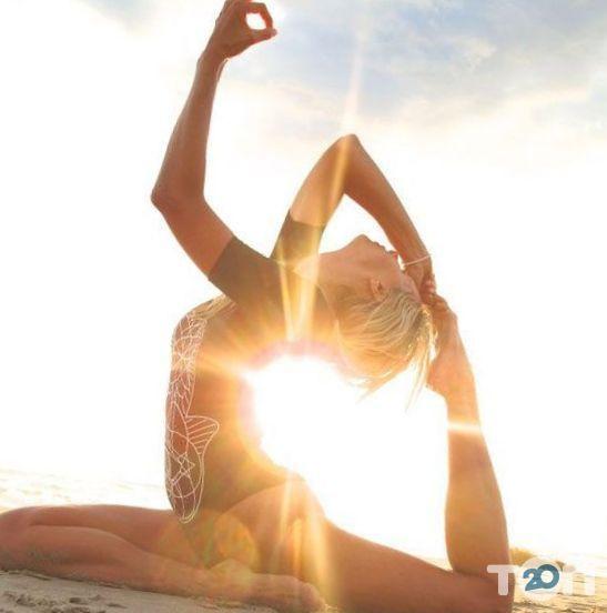 Чакра, студія йоги - фото 1