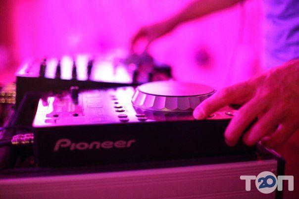 DJSERVICE (Діджей на Ваше свято) - фото 1