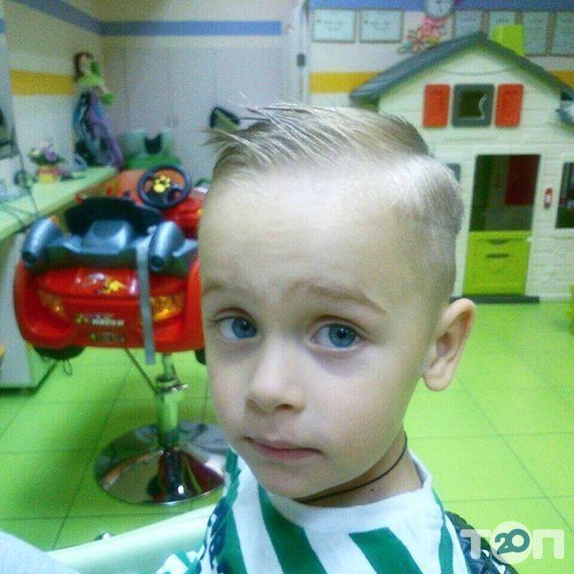 Гарнюня, перукарня сімейного типу - фото 56