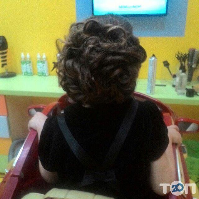 Гарнюня, перукарня сімейного типу - фото 32