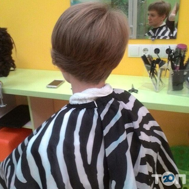Гарнюня, перукарня сімейного типу - фото 48