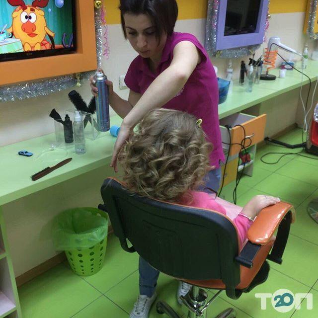Гарнюня, перукарня сімейного типу - фото 30