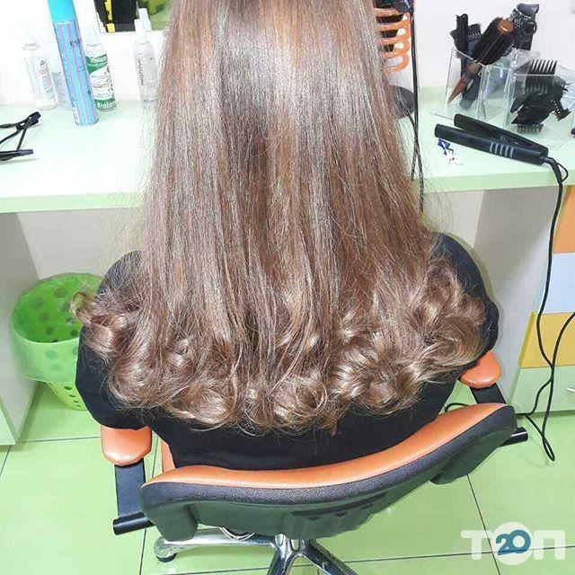 Гарнюня, перукарня сімейного типу - фото 37