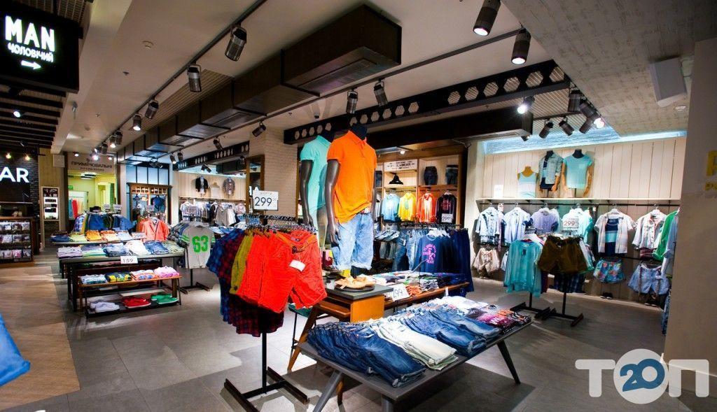 Pull&Bear, магазин одягу та взуття - фото 4
