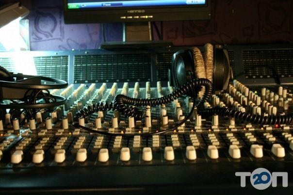 Точка, студія звукозапису - фото 1