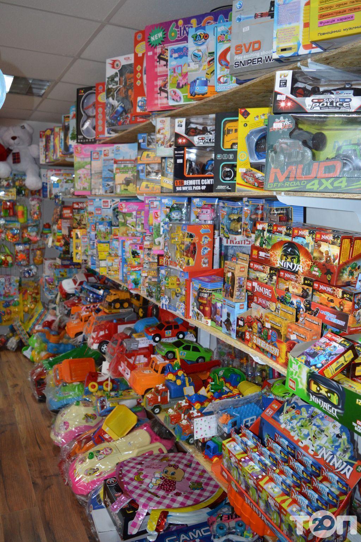 Веселий, дитячий магазин - фото 8