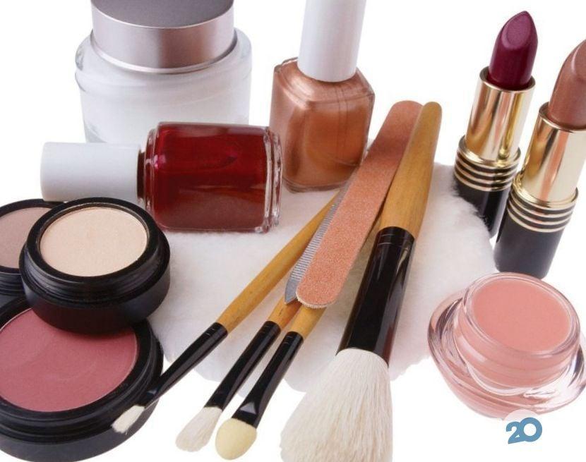 Вінфорт, магазин парфумів та косметики - фото 4