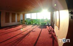 Мир, готель - фото 1