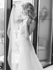 Княжна, салон весільного та вечірнього одягу фото