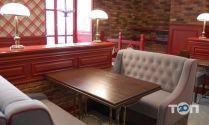Бравий Швейк, пивний ресторан фото