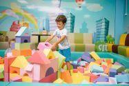 Країна мрій, дитячий розважальний центр фото
