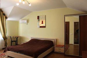 Гостинний двір, готель - фото 1