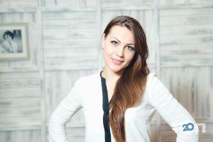 Анастасія Комарова, адвокат,  юридичні послуги фото
