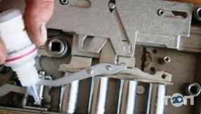Олександр, ремонт, установка, заміна, врізка дверних замків - фото 3
