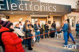 Apple iElectronics, продаж Apple - фото 4