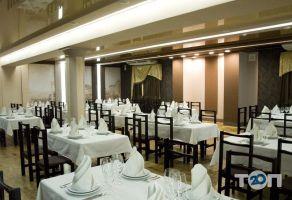 Арт Хаус, ресторан української та європейської кухні - фото 4