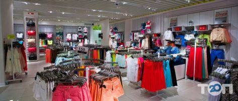 Bershka, магазин одягу і взуття - фото 4