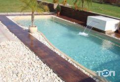 Compass Pools Odessa, продаж стаціонарних басейнів - фото 4