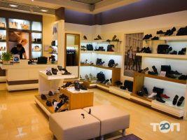 Estro, магазин взуття та аксесуарів - фото 1