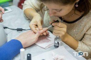 Компанія «ВІКТОРІ» Мережа навчальних центрів та магазинів для майстрів нігтьового сервісу - фото 5