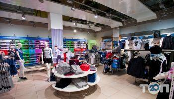 Reebok, магазин взуття - фото 1