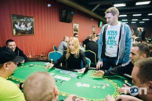 River, клуб спортивного покеру - фото 20