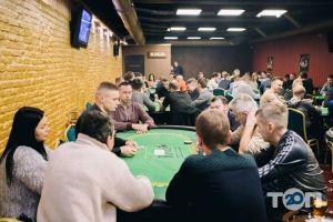 River, клуб спортивного покеру - фото 18