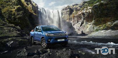 Toyota Преміум Моторс, автомобільний центр - фото 1