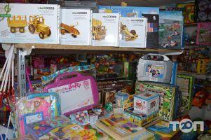 Веселий, дитячий магазин - фото 3