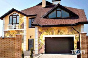 Віктор, фасадний декор фото