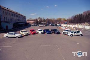 Вінницька автомобільна школа Товариства сприяння обороні України - фото 7