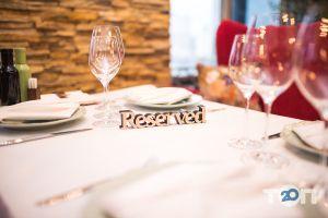 Wine & Meat, ресторан - фото 2