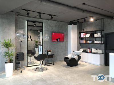 AR Hair Studio, стилиста-парикмахера Рыжикова Антона