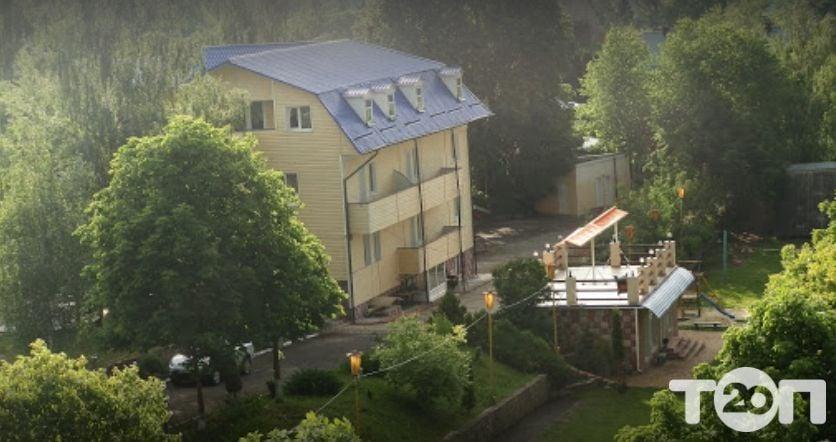 ТОП-5 баз отдыха в Хмельницкой рядом с водоемами