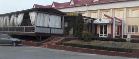 Зирка, отель-ресторан - фото 1