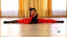VALERY, школа танцев и растяжки - фото 1