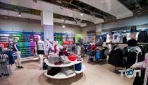 Reebok, магазин обуви - фото 1