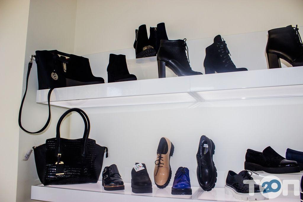 4 сезона, магазин обуви - фото 28