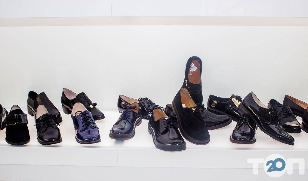 4 сезона, магазин обуви - фото 30