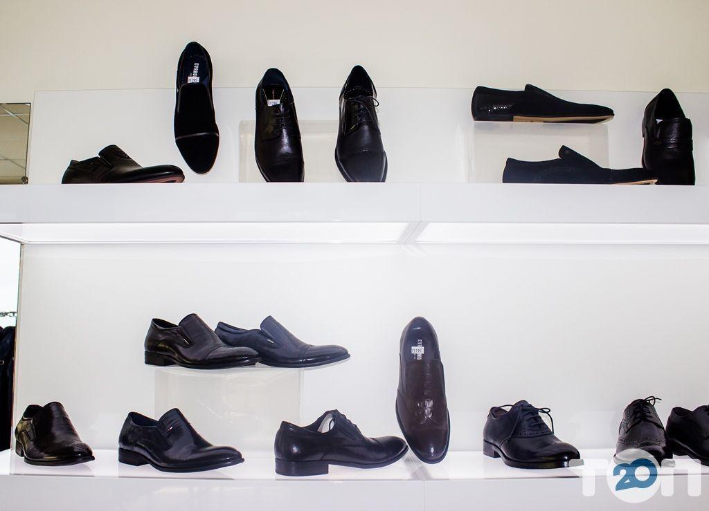 4 сезона, магазин обуви - фото 37