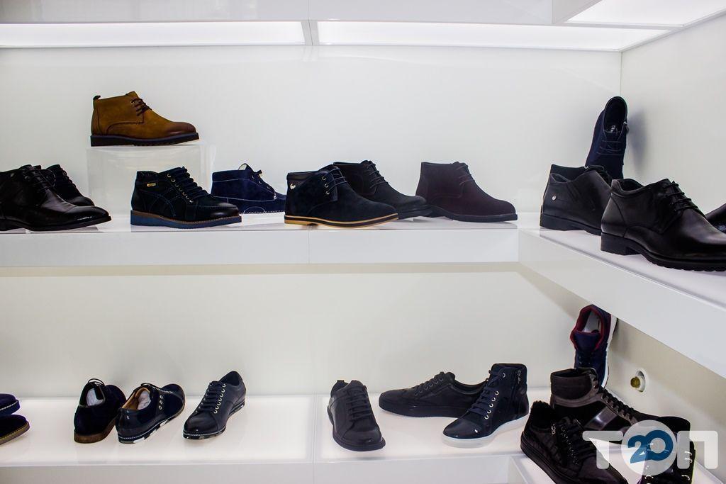 4 сезона, магазин обуви - фото 38