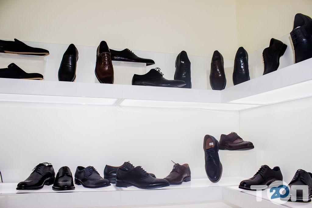 4 сезона, магазин обуви - фото 39
