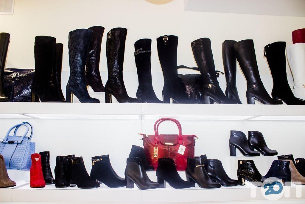 4 сезона, магазин обуви - фото 48