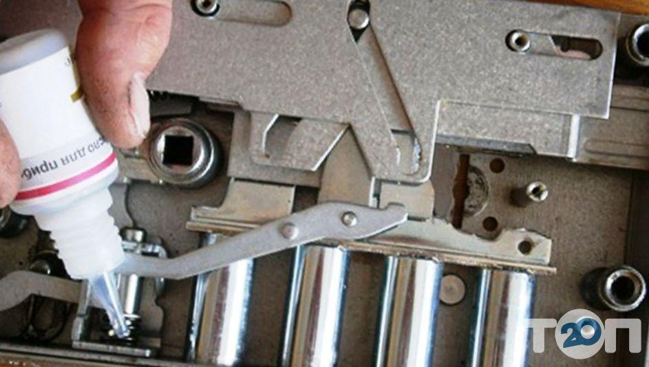 Александр, ремонт, установка, замена, врезка дверных замков - фото 3