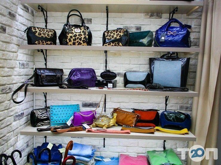 Any Place, магазин одежды и аксессуаров - фото 4